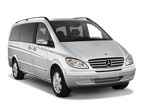 Mercedes Viano Ambiente Automatic: Exterior View